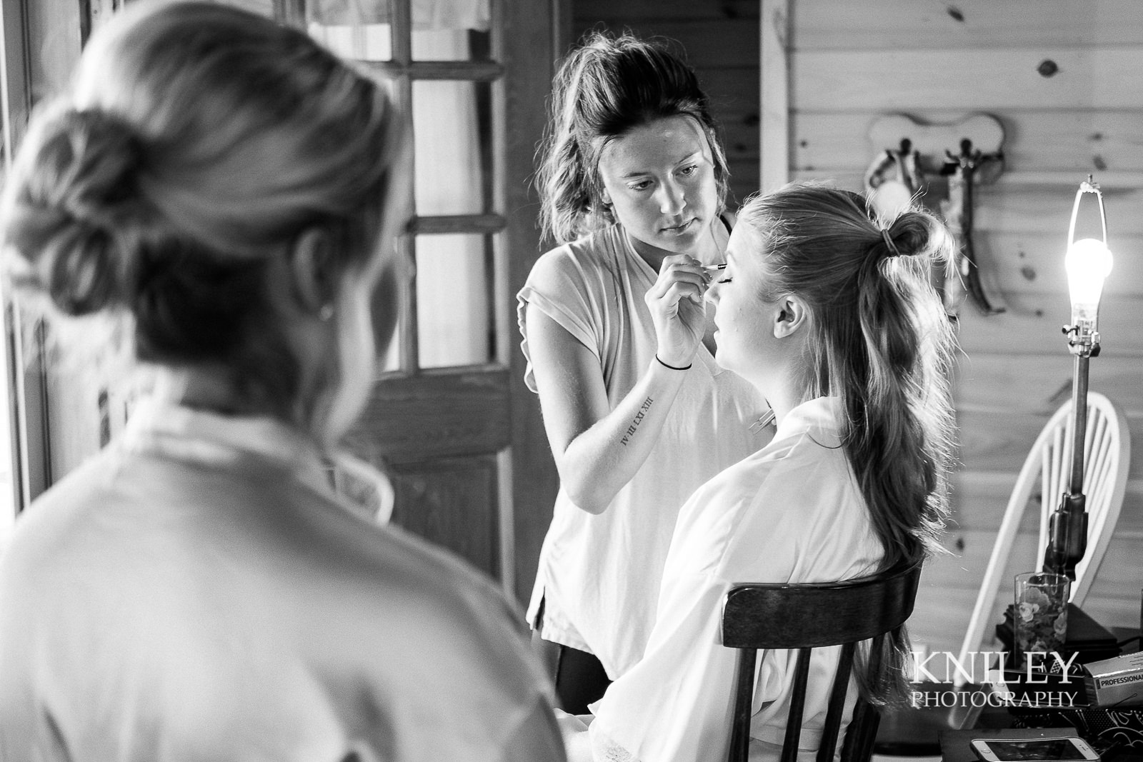 001 - Buffalo NY wedding - Preparation pictures - XT2B8070.jpg