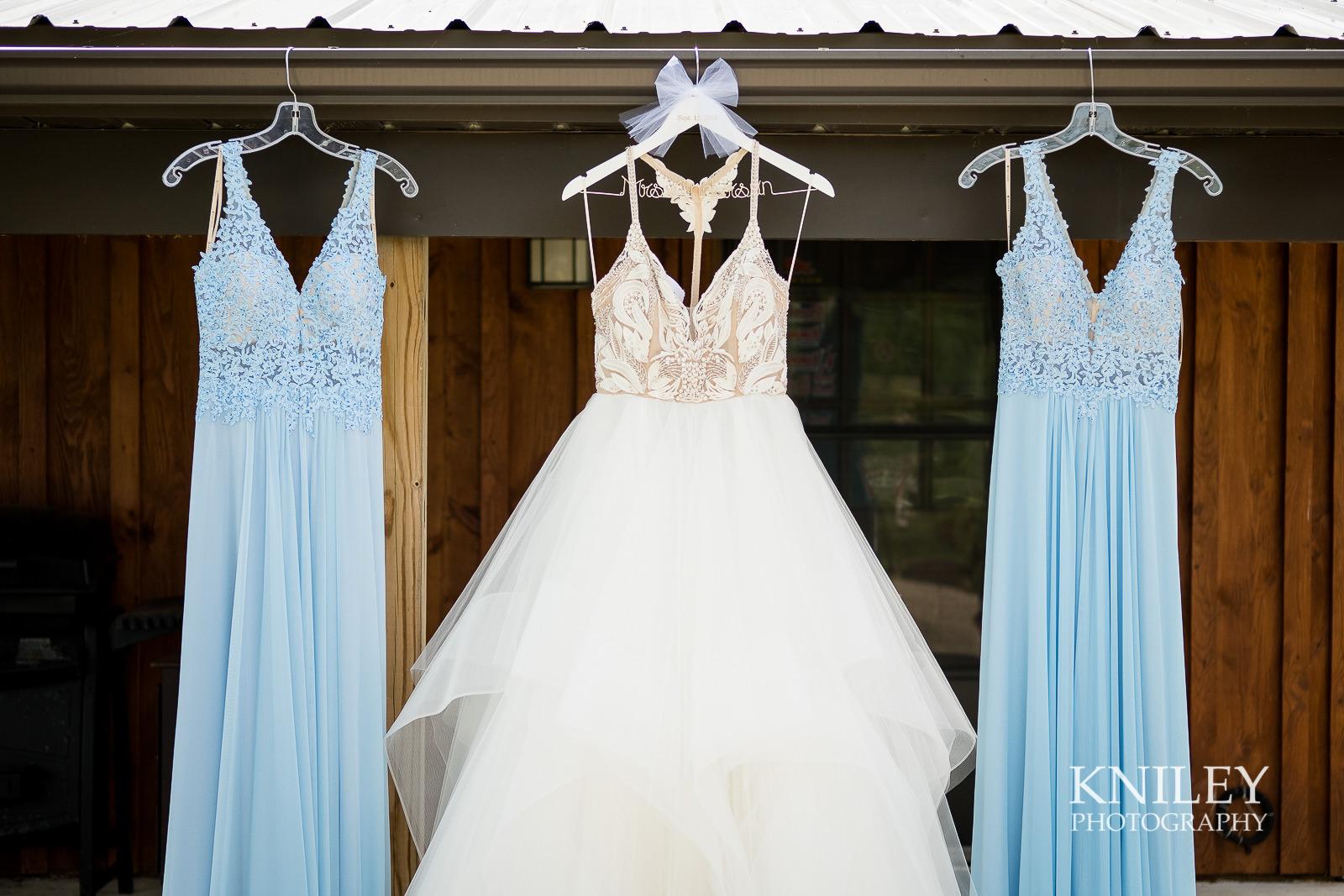 019 - Buffalo NY wedding - Preparation pictures - XT2B8232.jpg