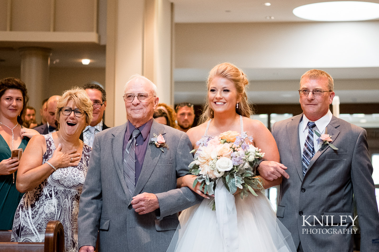 049 - Buffalo NY wedding pictures - St Marys Church - XT2B8606.jpg