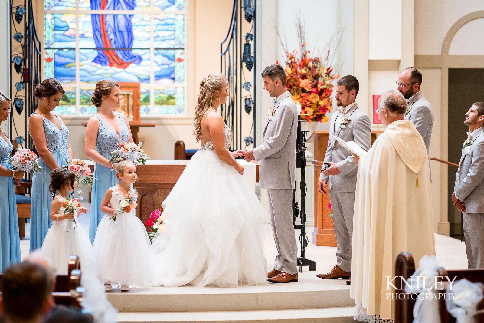 056 - Buffalo NY wedding pictures - St Marys Church - XT2B8636.jpg