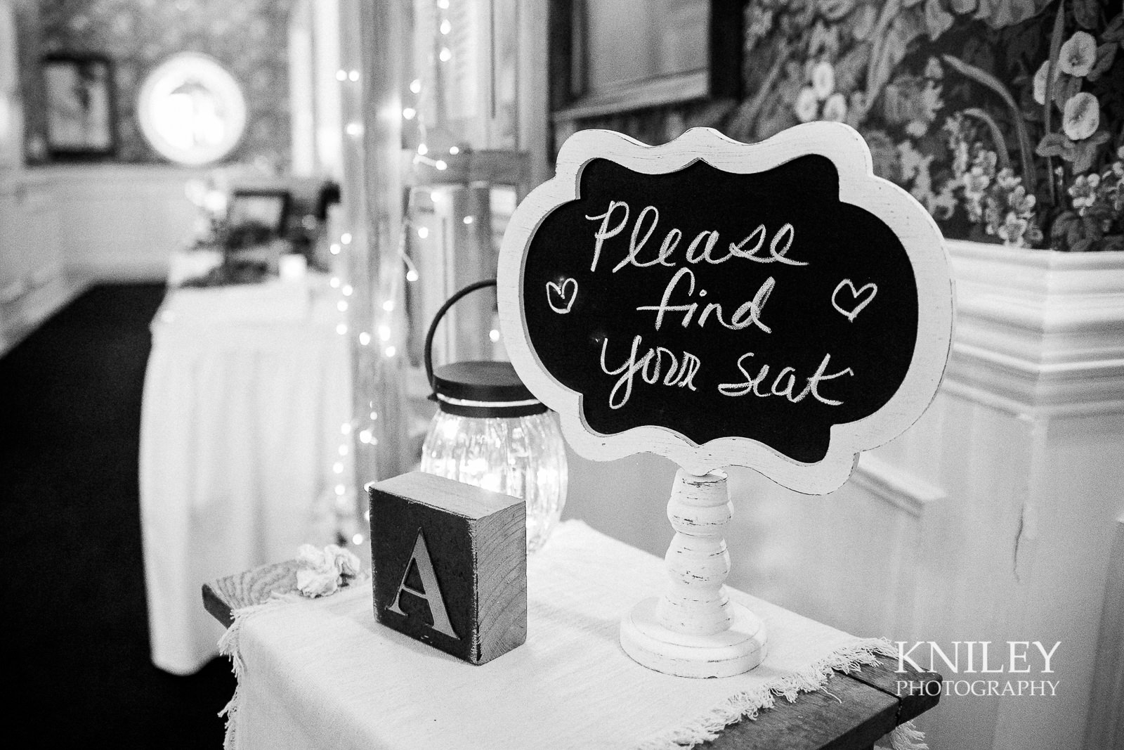 085 - Buffalo NY wedding pictures - Sean Patrick Restaurant Wedding Reception - Getzville - IMG_8391.jpg