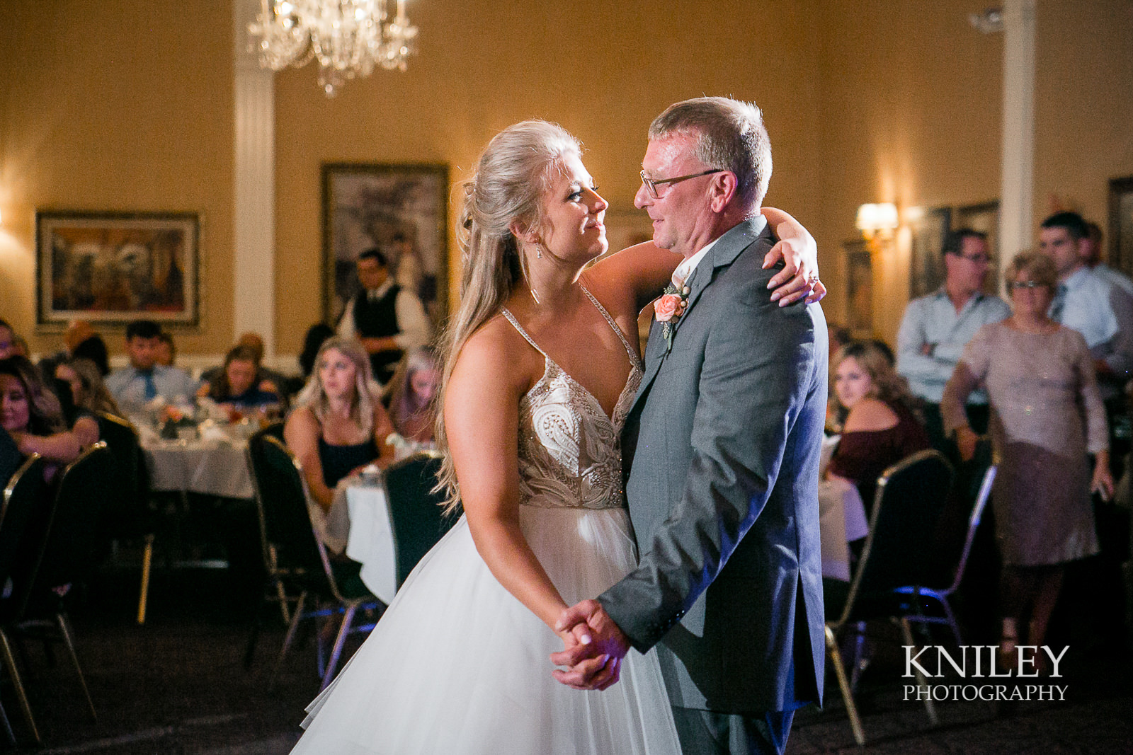 105 - Buffalo NY wedding pictures - Sean Patrick Restaurant Wedding Reception - Getzville - IMG_8609.jpg