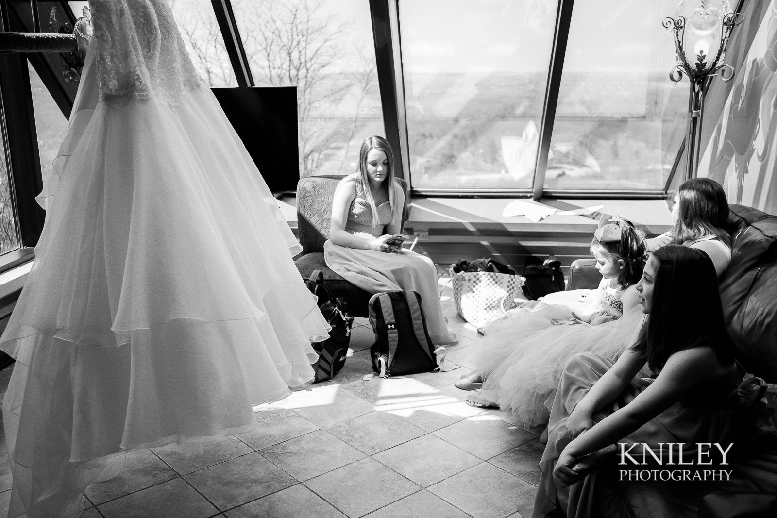 006 - Woodcliff Hotel - Rochester NY wedding photo - Kniley Photography.jpg