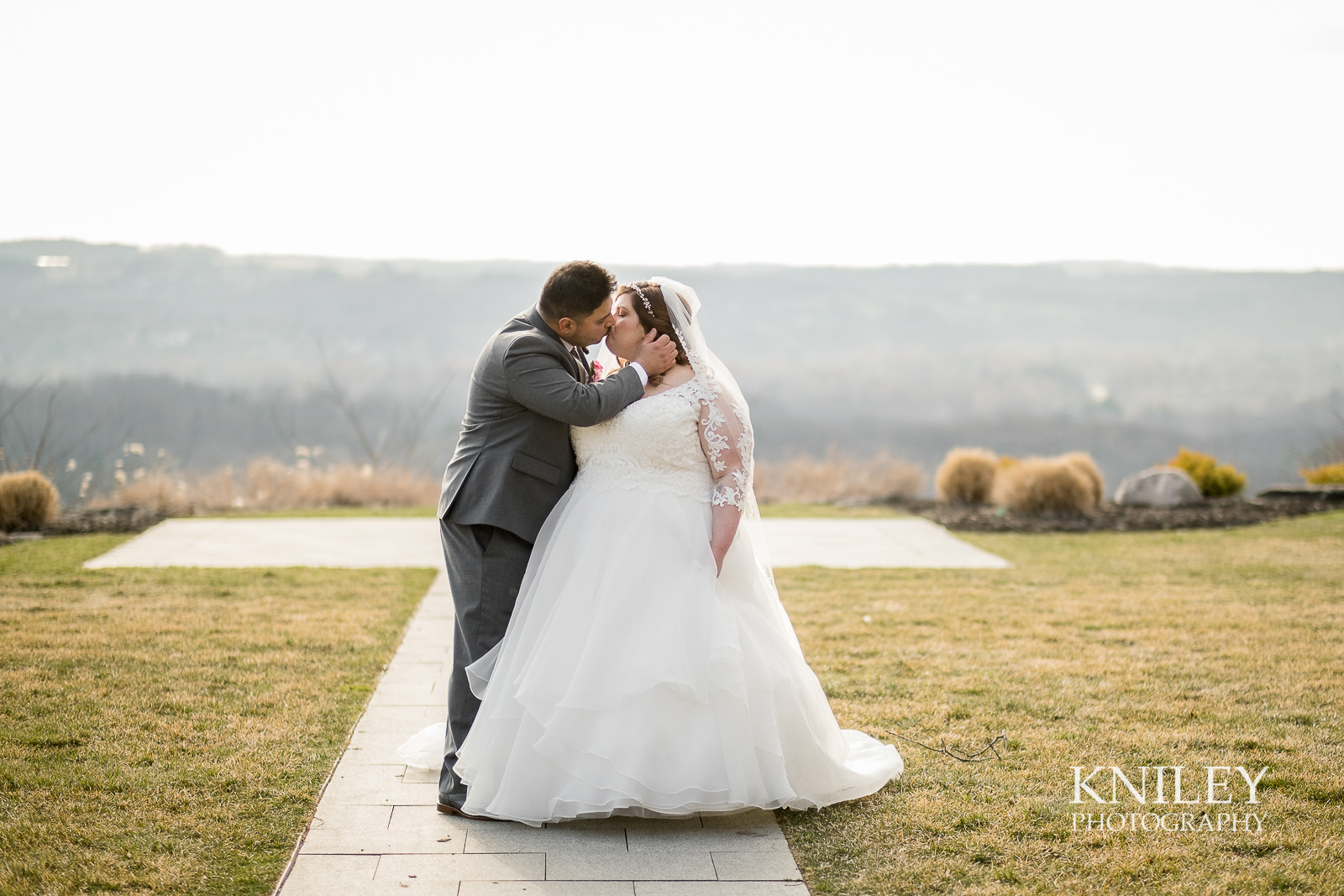 060b - Woodcliff Hotel - Rochester NY wedding photo - Kniley Photography.jpg