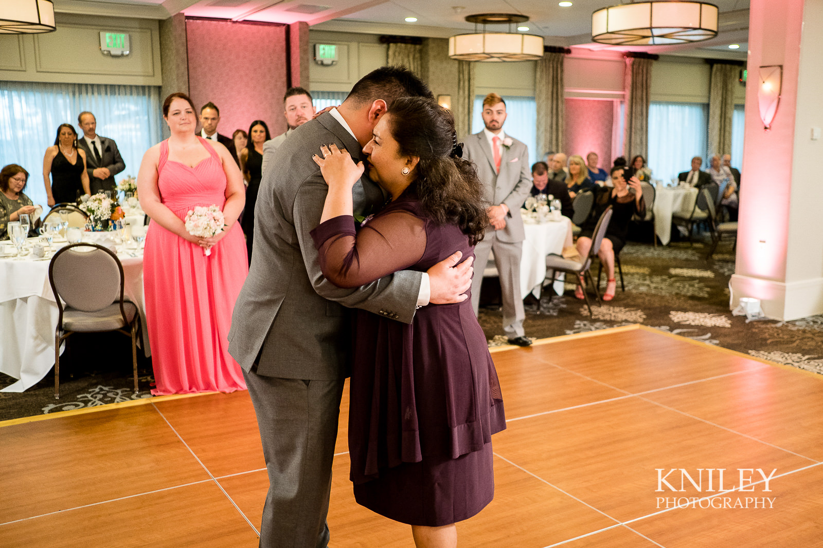 085 - Woodcliff Hotel - Rochester NY wedding photo - Kniley Photography.jpg
