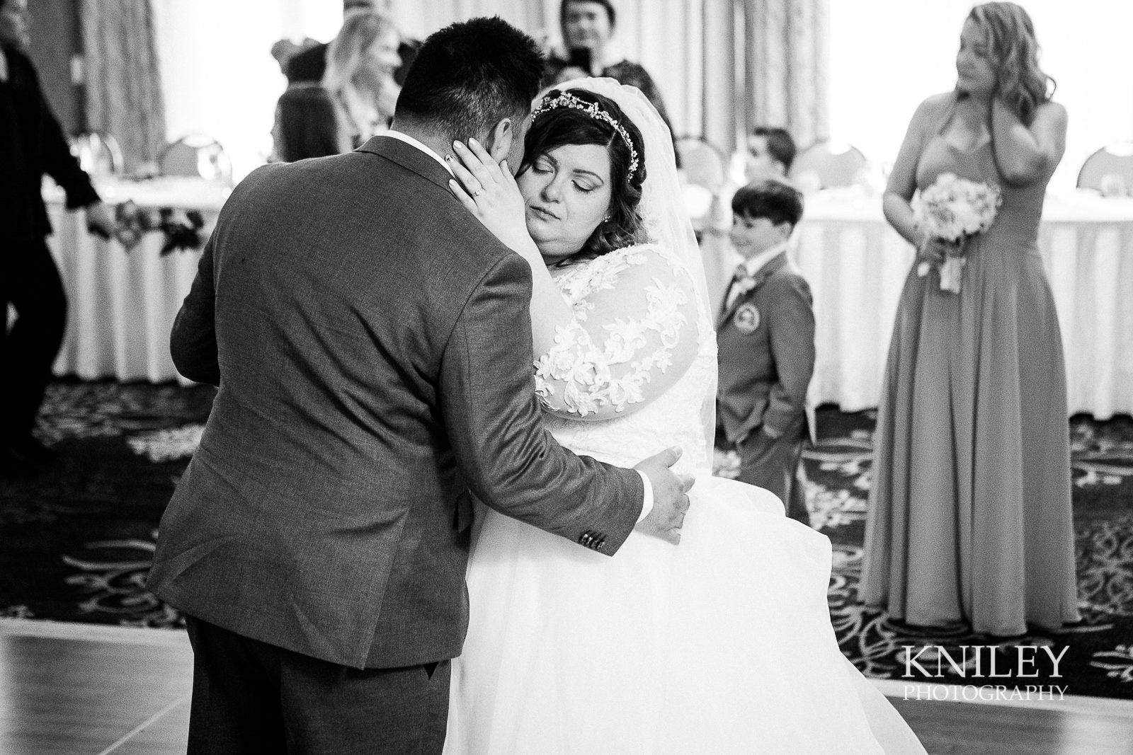 086 - Woodcliff Hotel - Rochester NY wedding photo - Kniley Photography.jpg