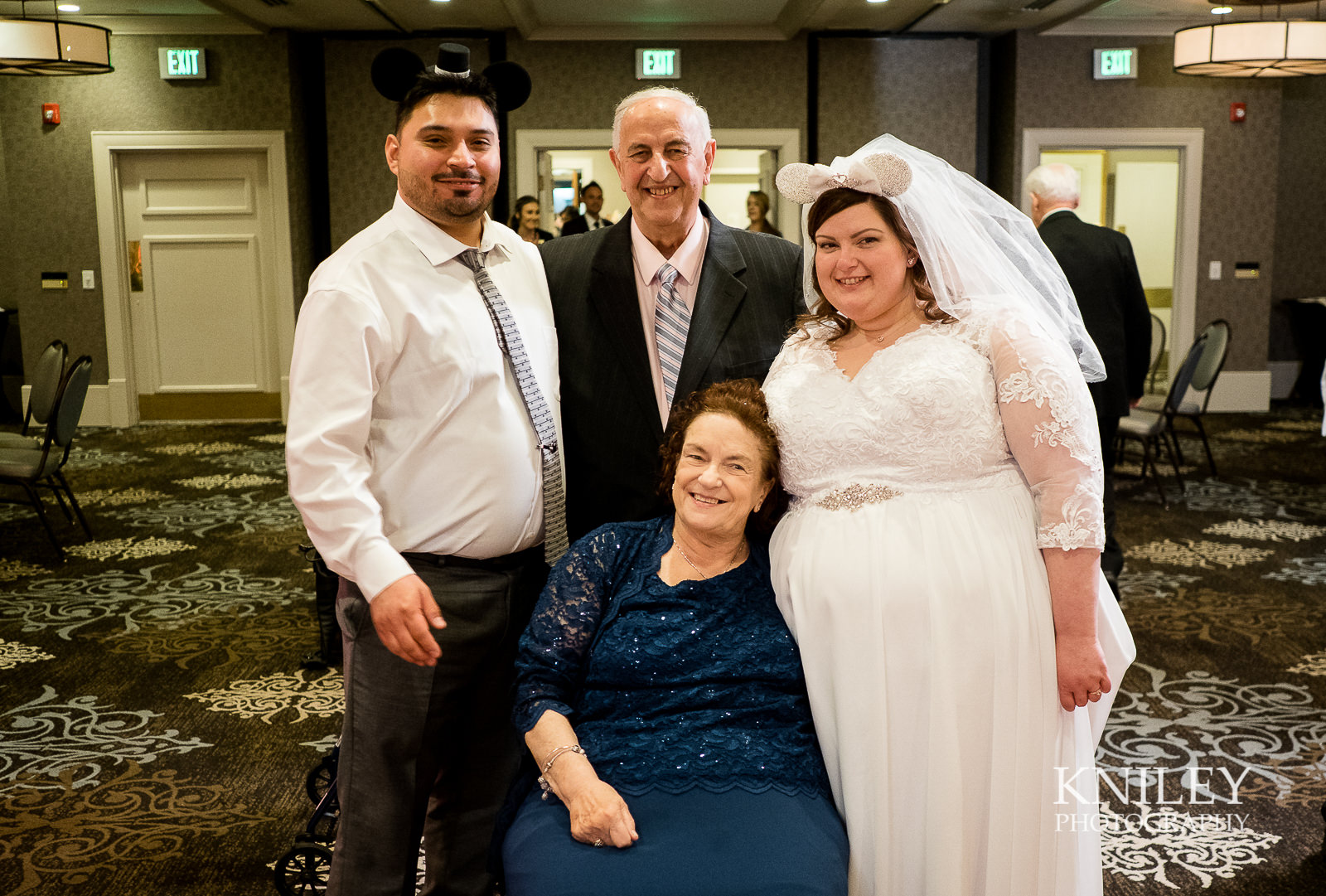 096 - Woodcliff Hotel - Rochester NY wedding photo - Kniley Photography.jpg