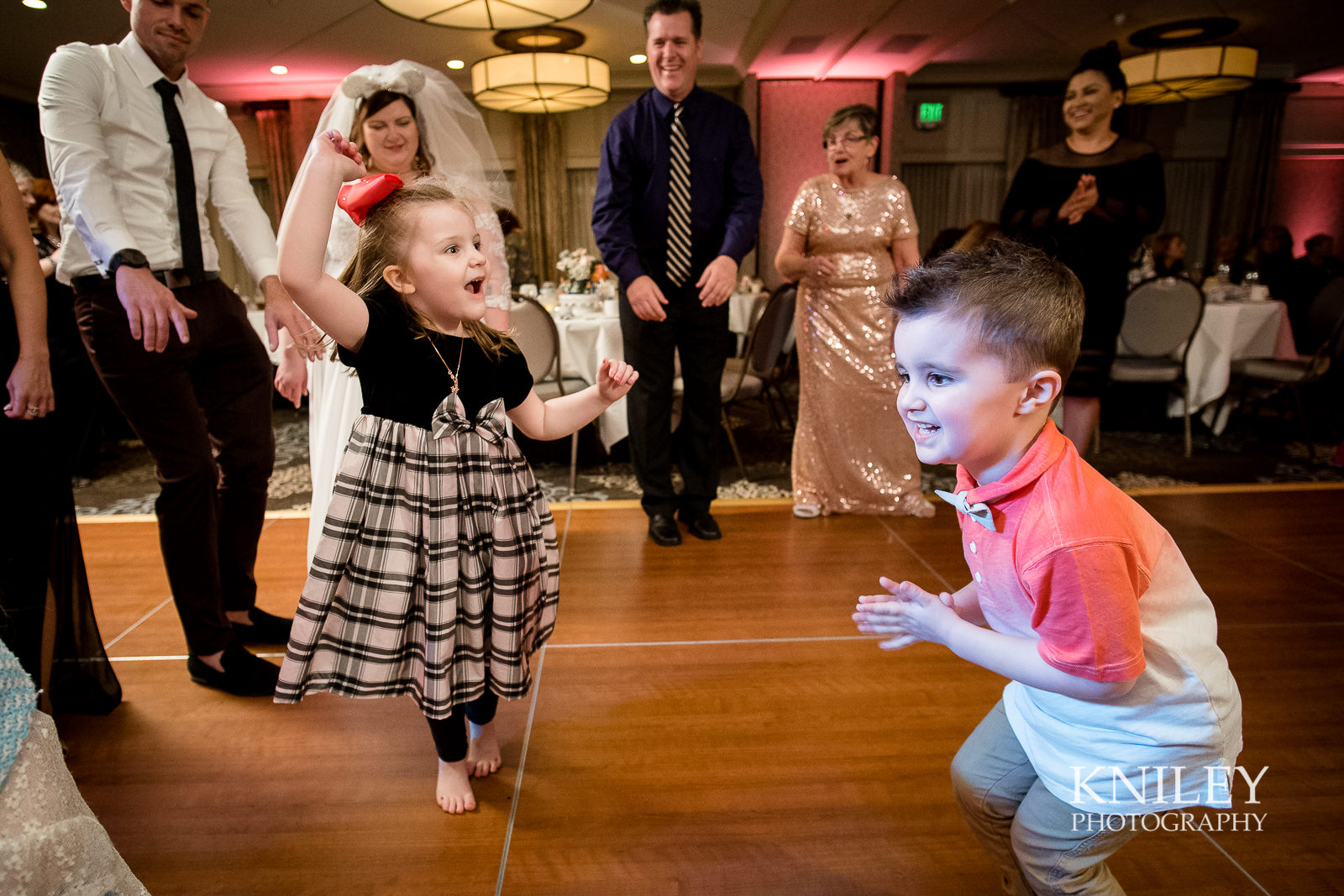 099 - Woodcliff Hotel - Rochester NY wedding photo - Kniley Photography.jpg