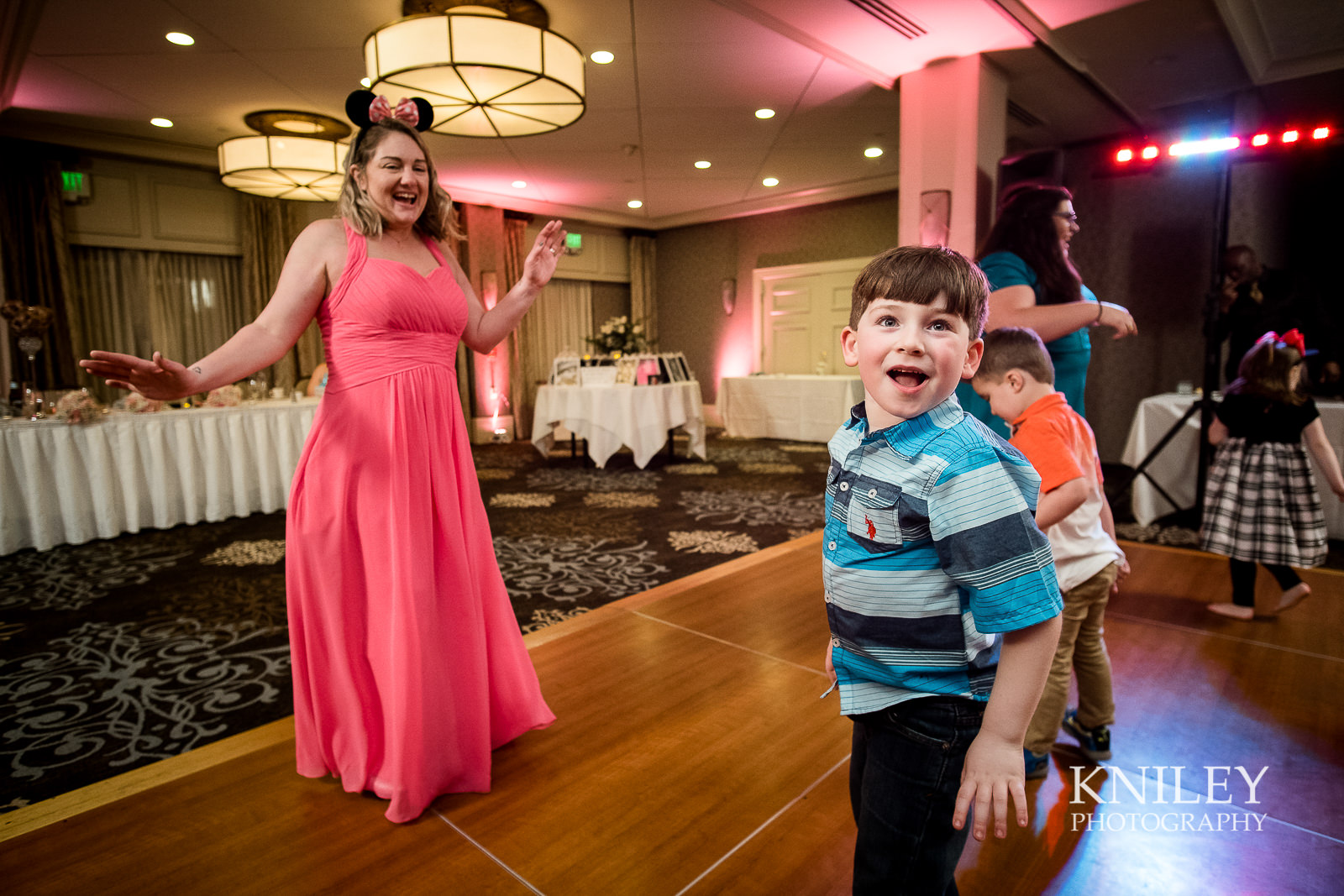 115 - Woodcliff Hotel - Rochester NY wedding photo - Kniley Photography.jpg