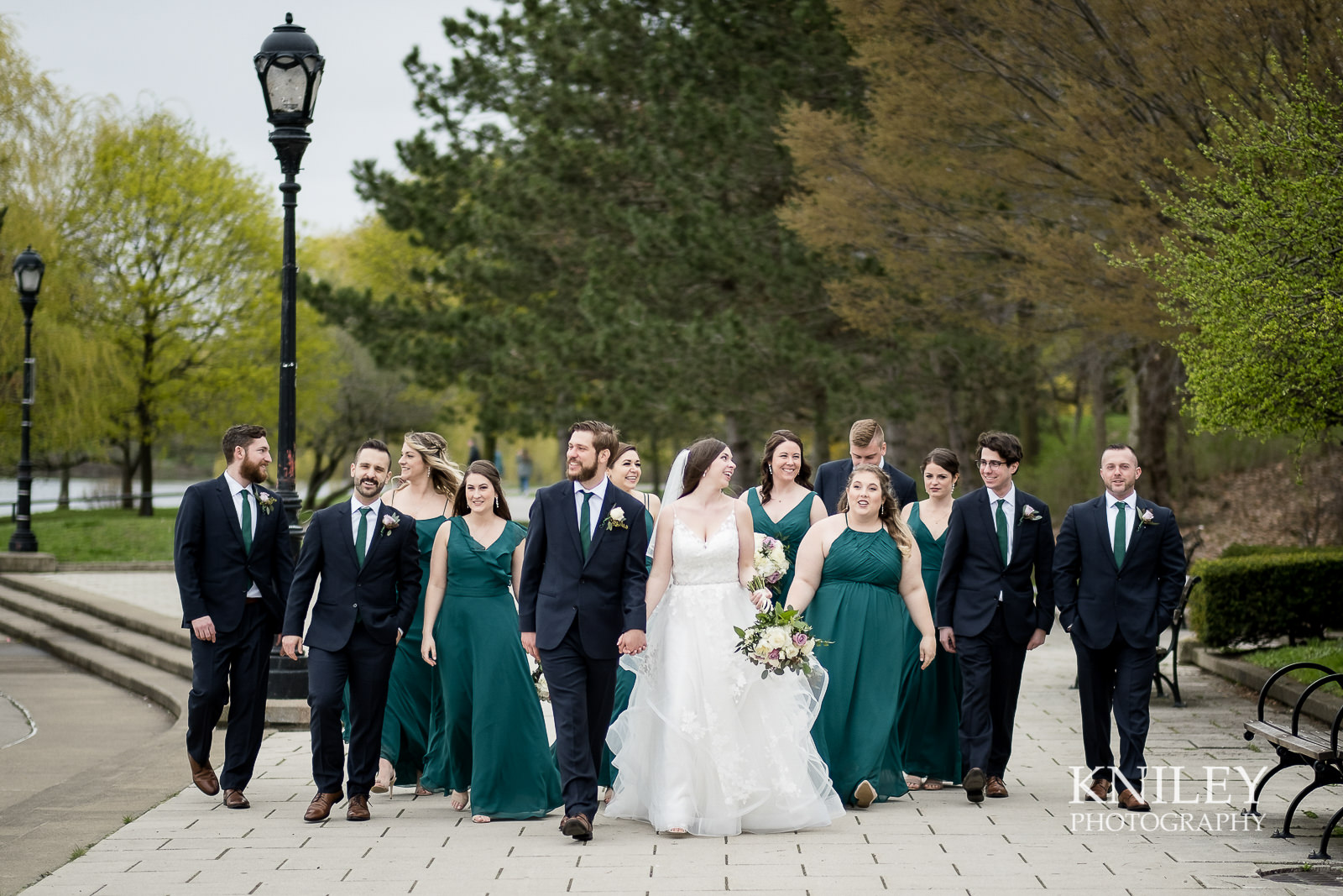 27-Hoyt-Lake-Wedding-Pictures-Buffalo-NY-Kniley-Photography.jpg