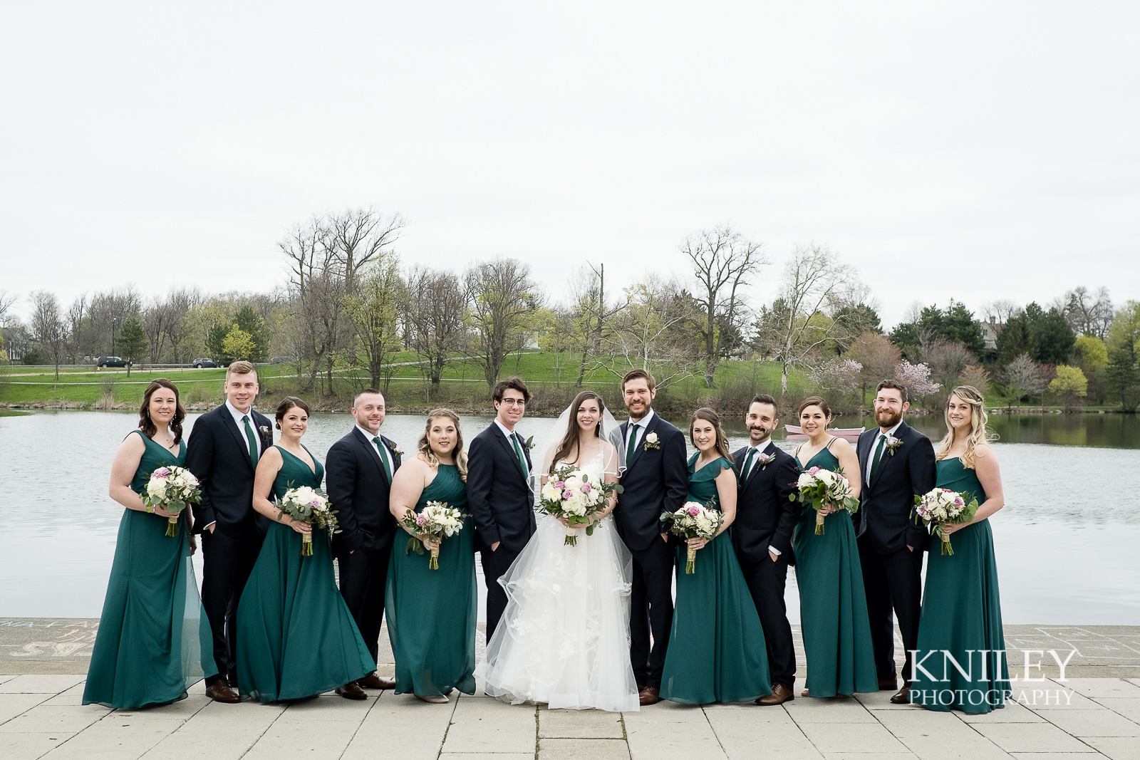 26-Hoyt-Lake-Wedding-Pictures-Buffalo-NY-Kniley-Photography.jpg