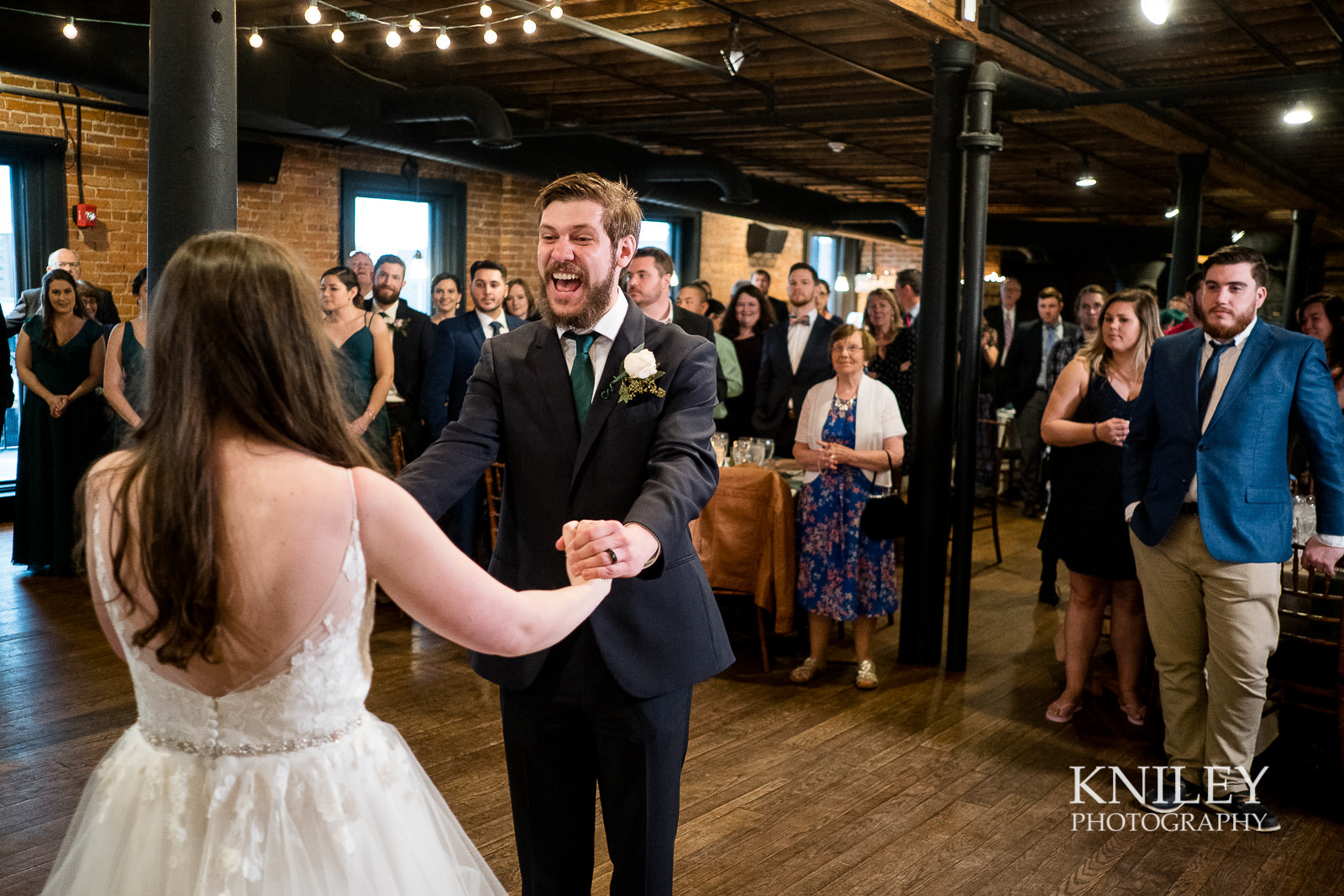 41-Pearl-St-Grill-Wedding-Reception-Buffalo-NY-Kniley-Photography.jpg