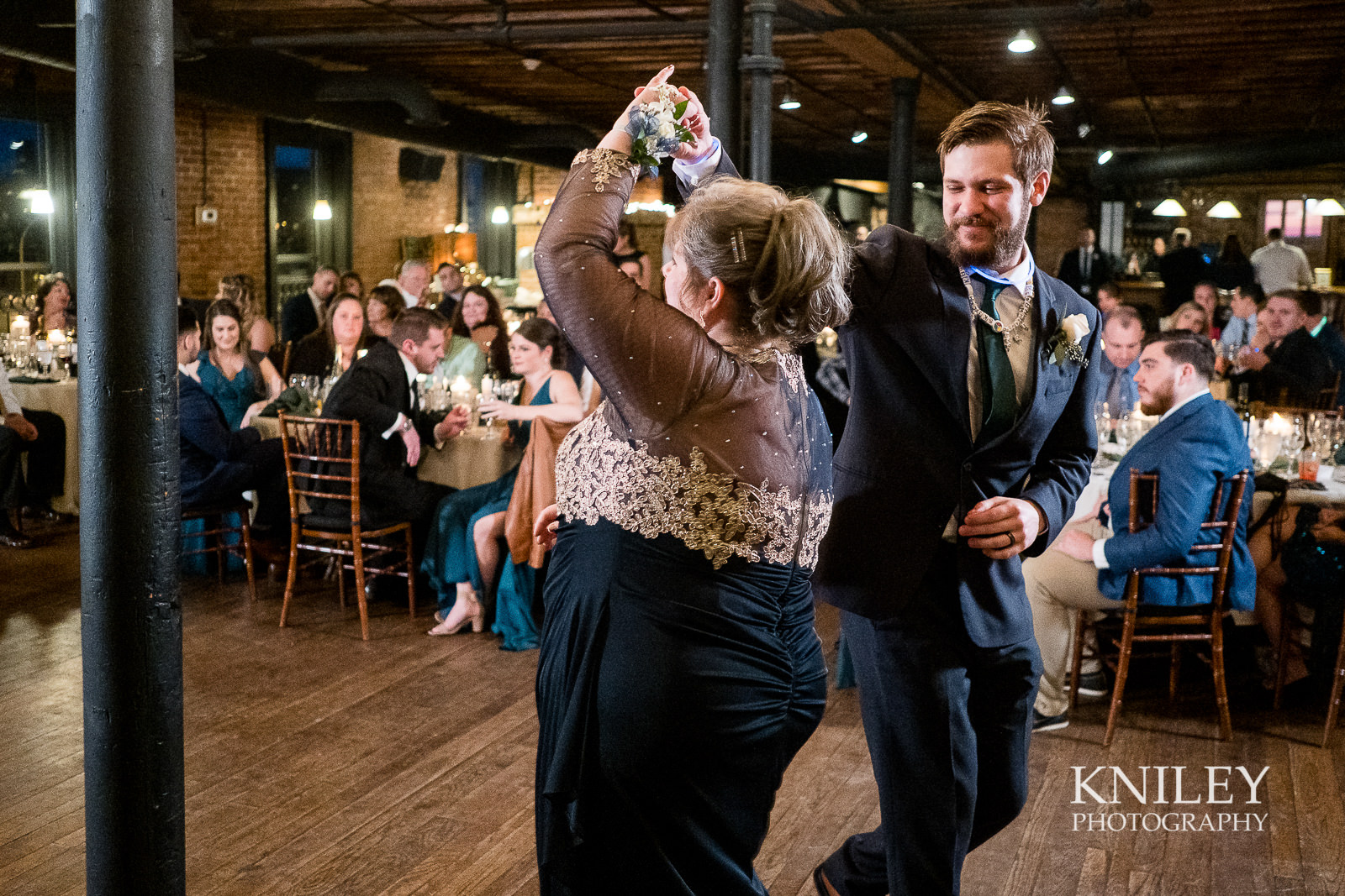 54-Pearl-St-Grill-Wedding-Reception-Buffalo-NY-Kniley-Photography.jpg