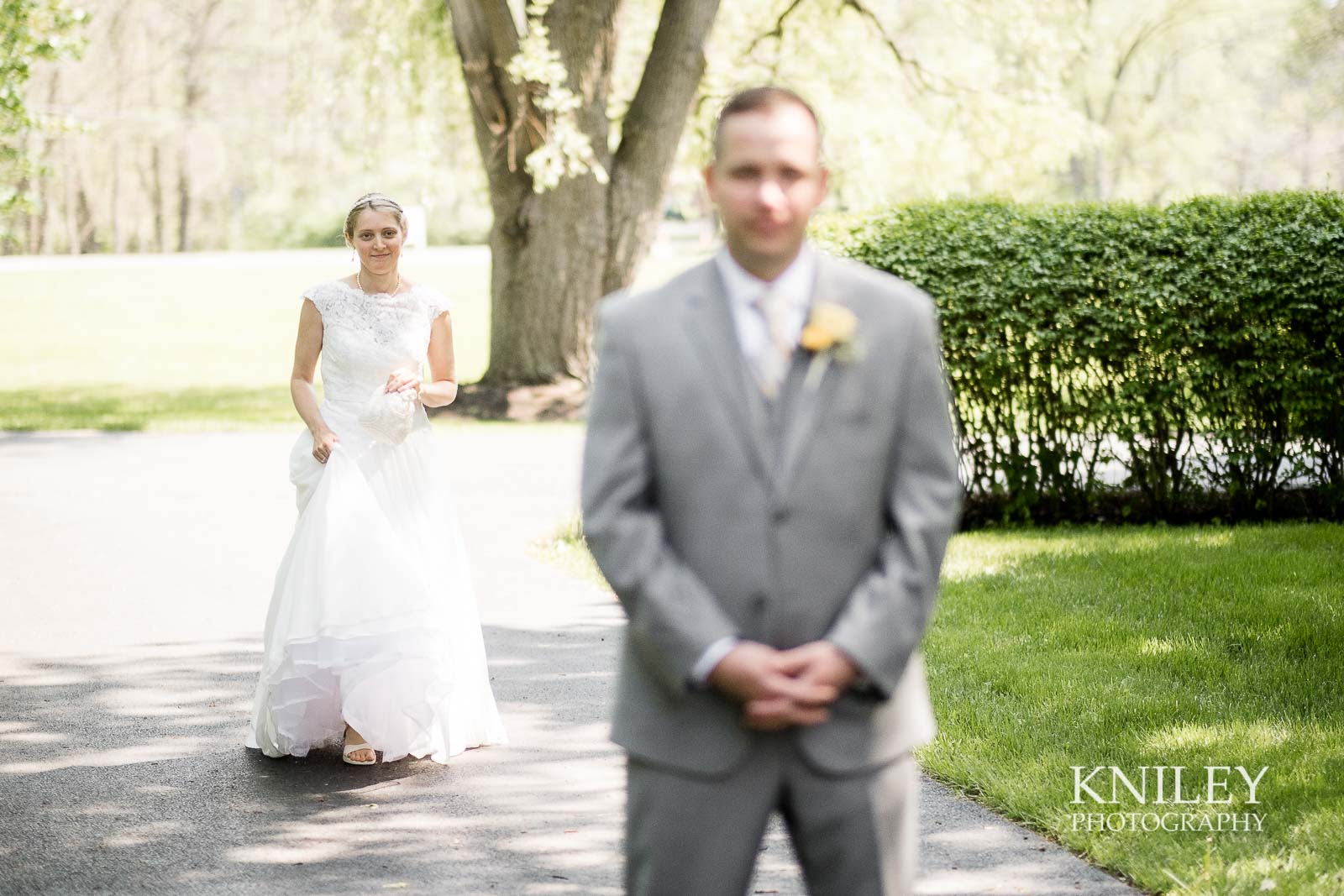 10-Plantation-Party-House-springtime-wedding-Rochester-NY-Kniley-Photography.jpg