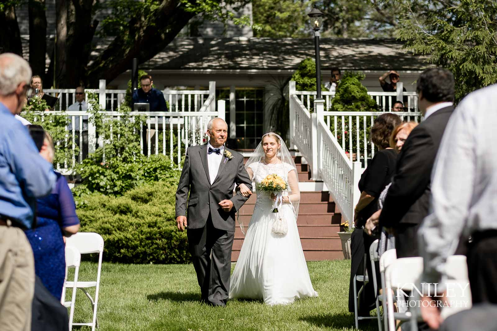 25-Plantation-Party-House-springtime-wedding-Rochester-NY-Kniley-Photography.jpg