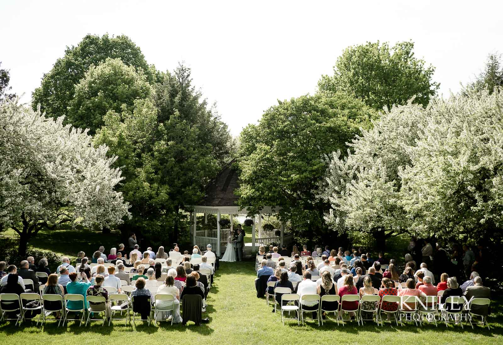 27-Plantation-Party-House-springtime-wedding-Rochester-NY-Kniley-Photography.jpg