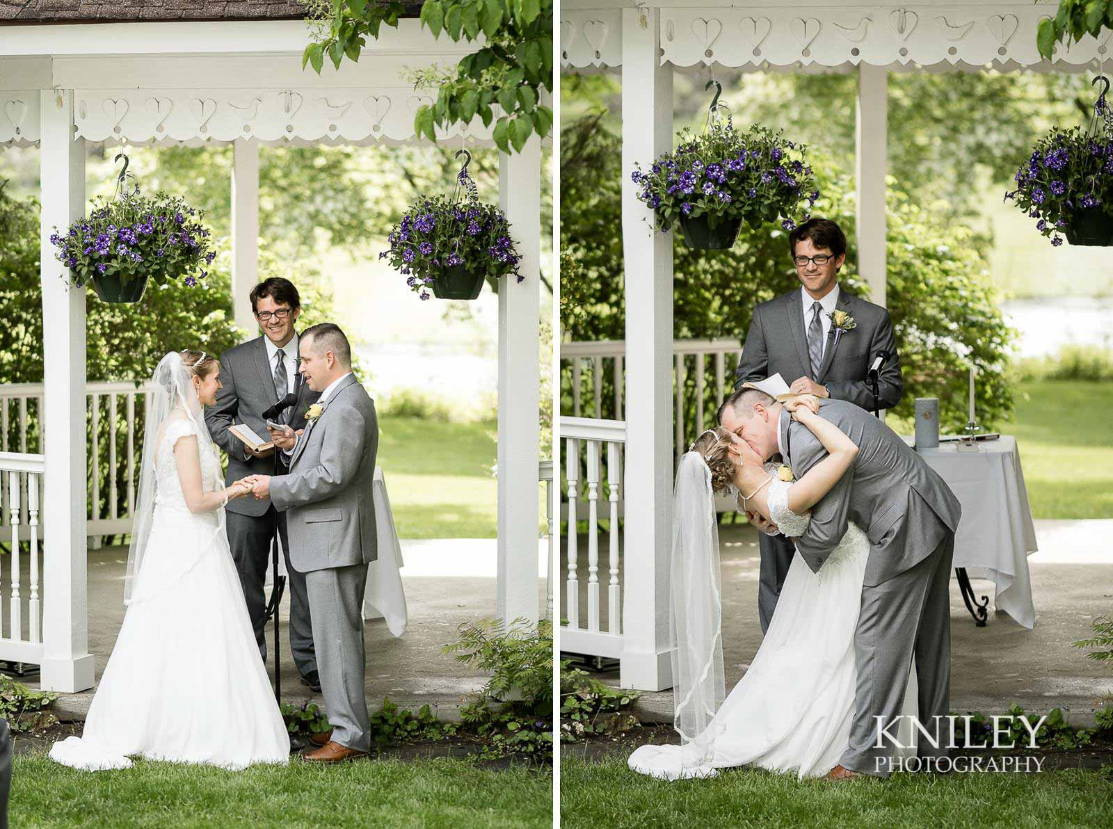 32-Plantation-Party-House-springtime-wedding-Rochester-NY-Kniley-Photography.jpg