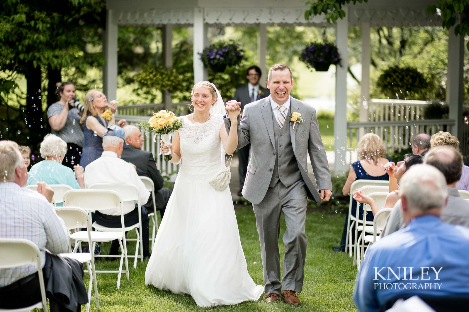 33-Plantation-Party-House-springtime-wedding-Rochester-NY-Kniley-Photography.jpg