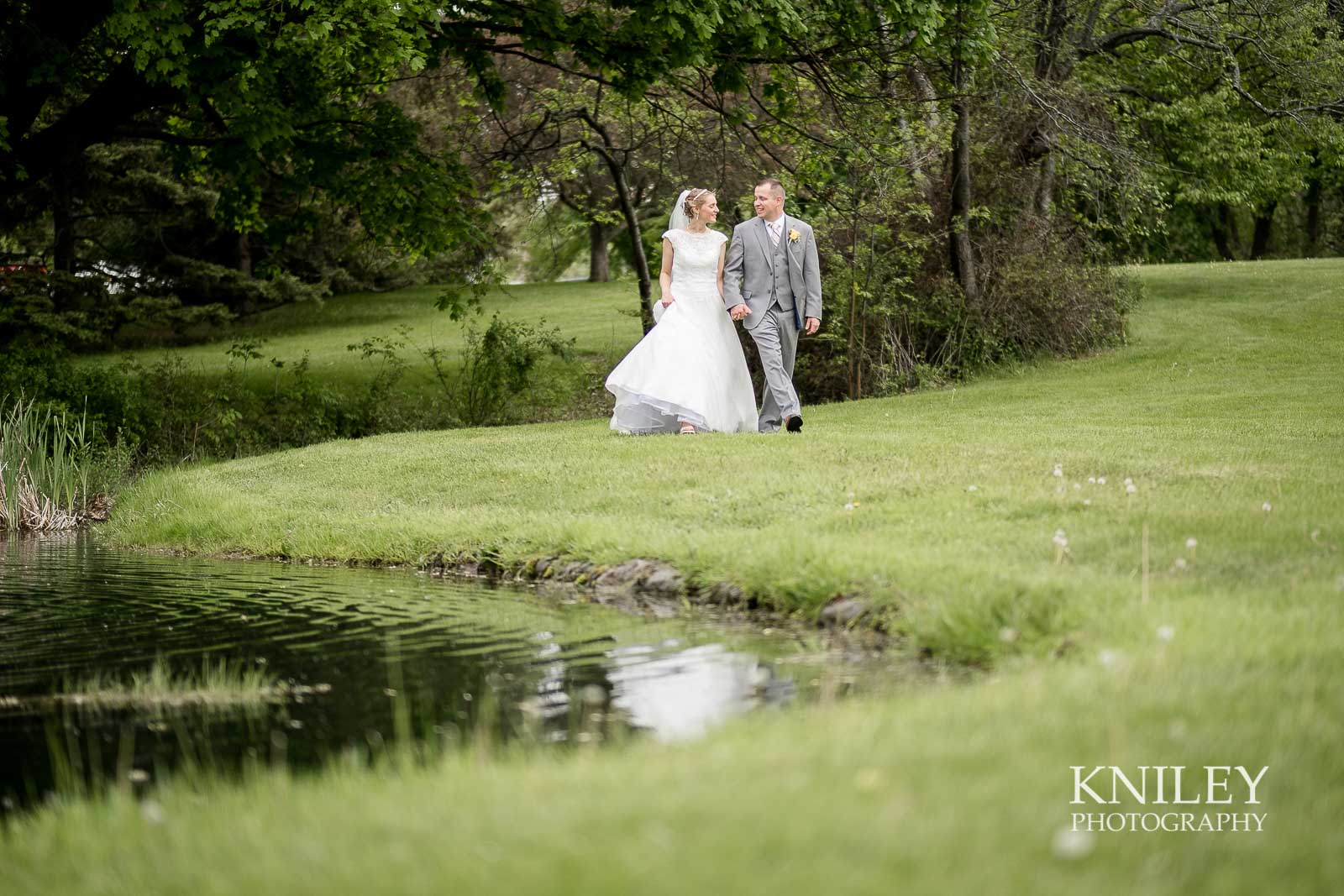 41-Plantation-Party-House-springtime-wedding-Rochester-NY-Kniley-Photography.jpg