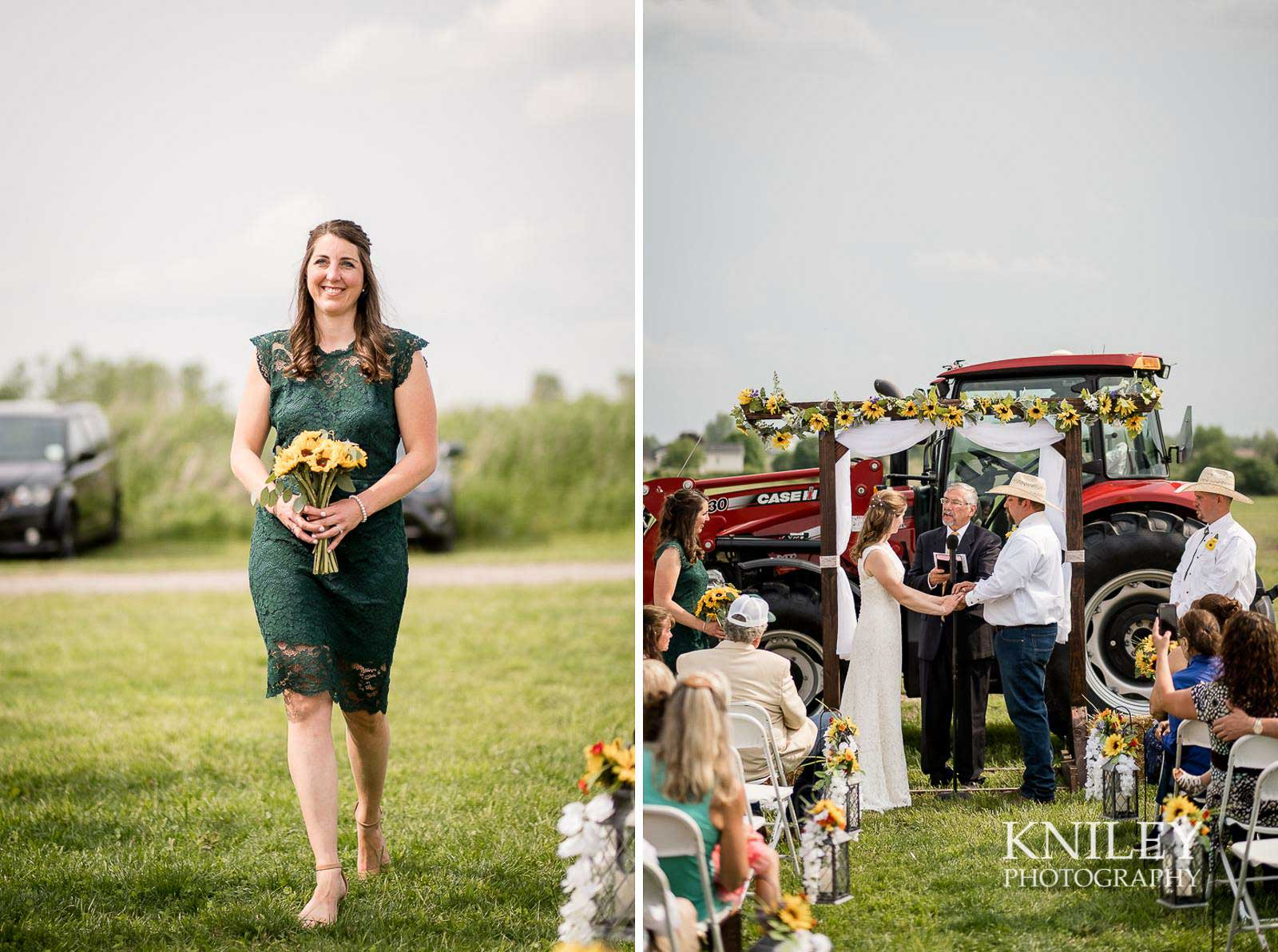 29-Western-New-York-farm-wedding-Kniley-Photography.jpg