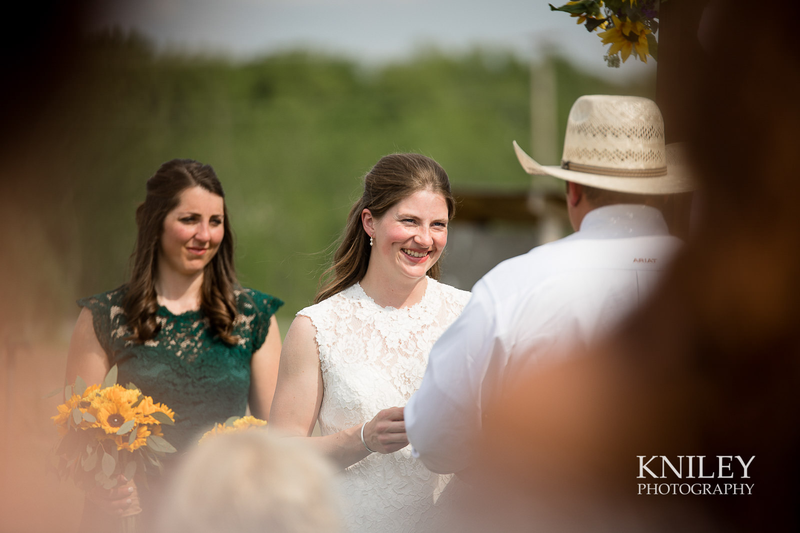 32-Western-New-York-farm-wedding-Kniley-Photography.jpg