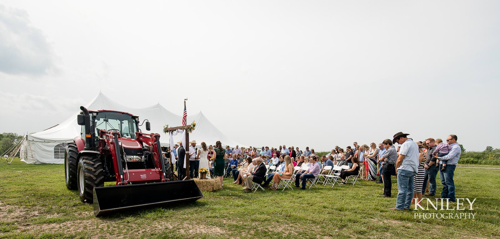 33-Western-New-York-farm-wedding-Kniley-Photography.jpg