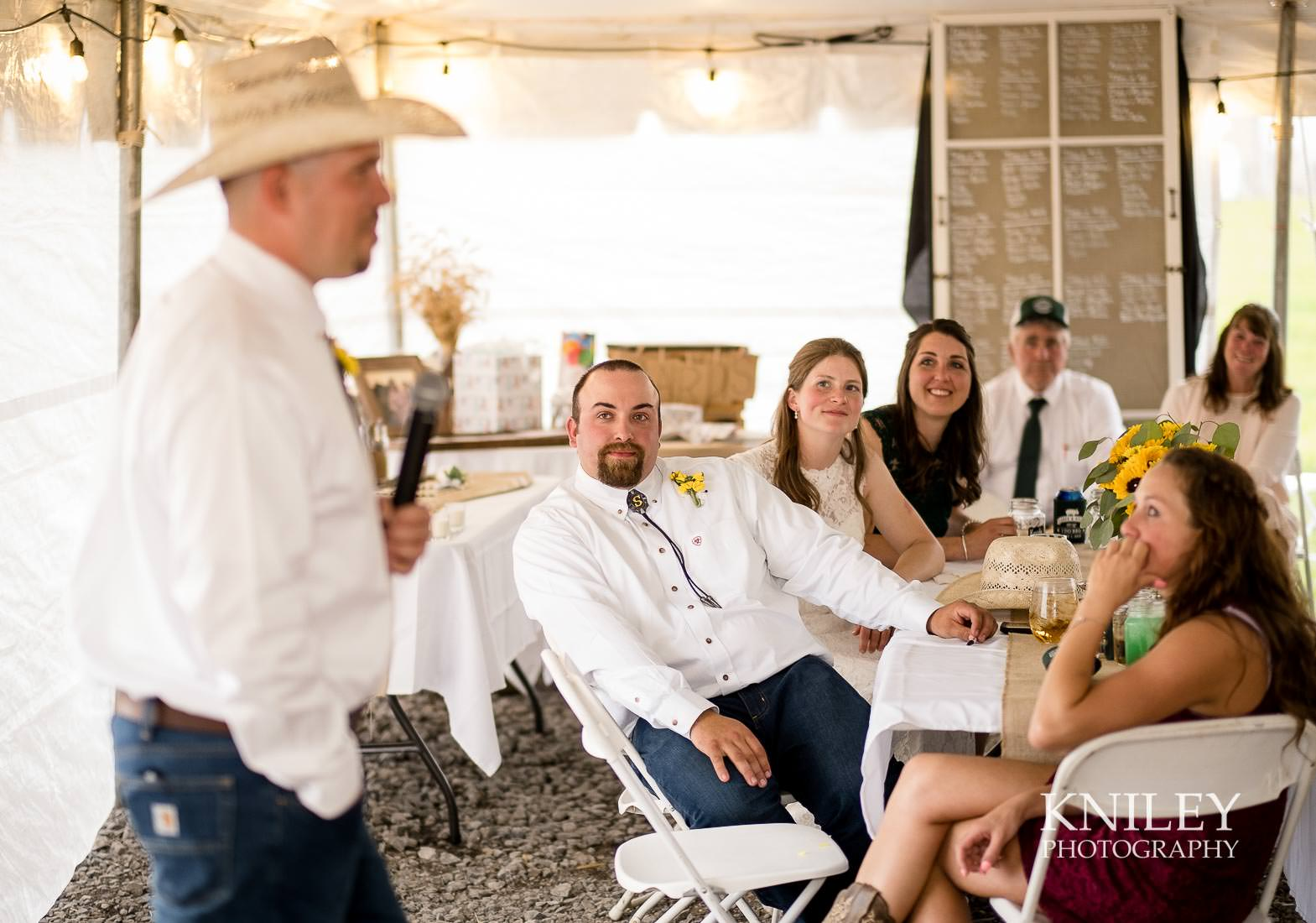 54-Western-New-York-farm-wedding-Kniley-Photography.jpg