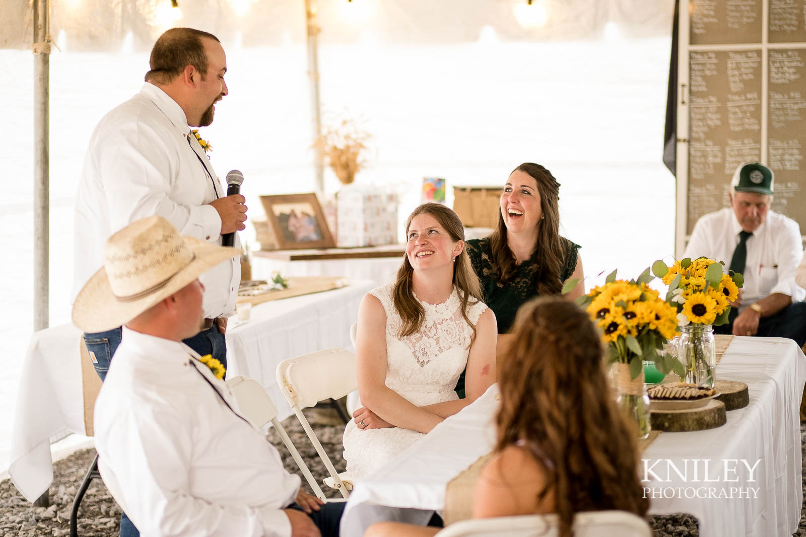 56-Western-New-York-farm-wedding-Kniley-Photography.jpg