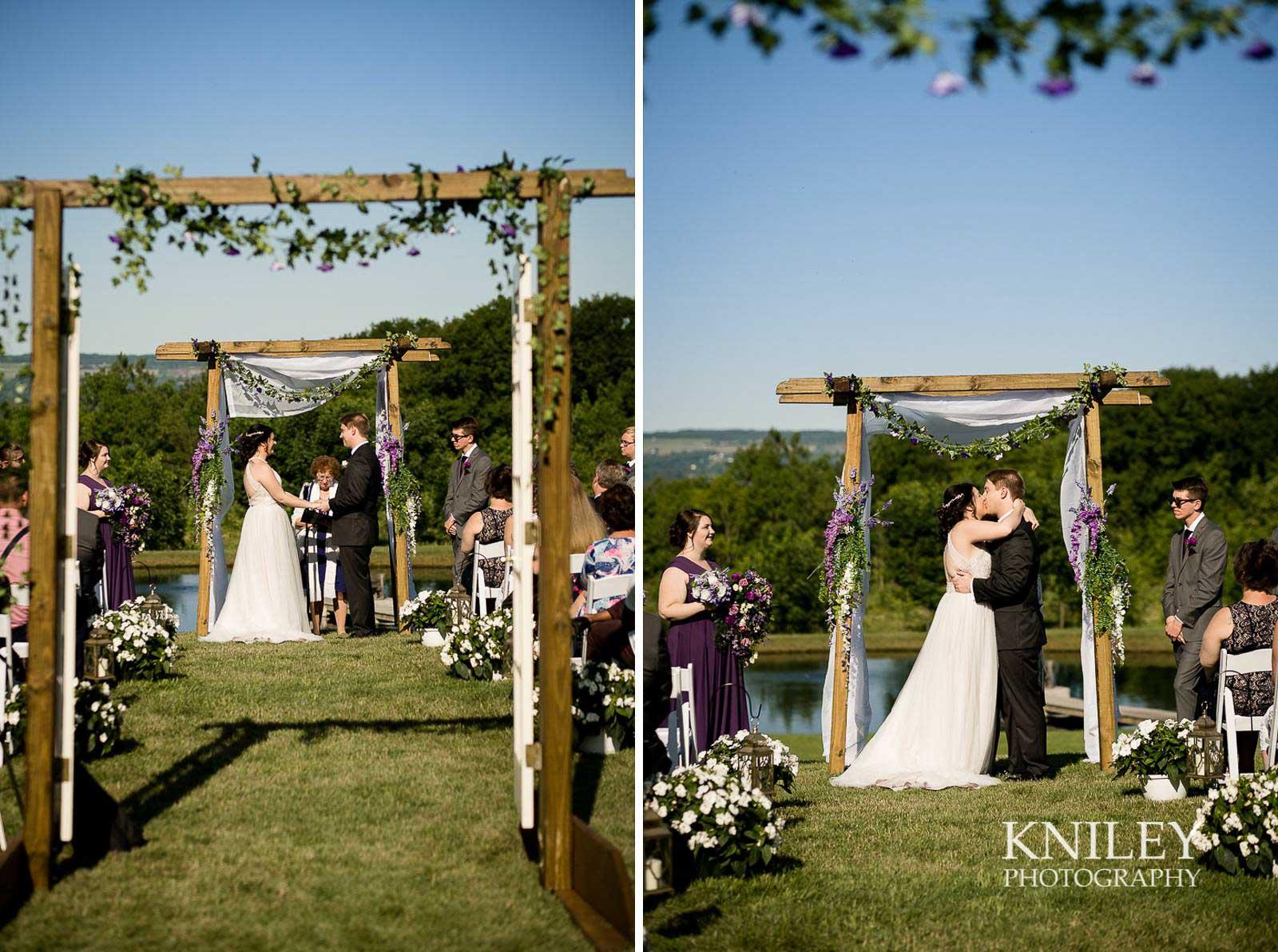 30-Redmond-House-Dansville-NY-Wedding-Photography.jpg