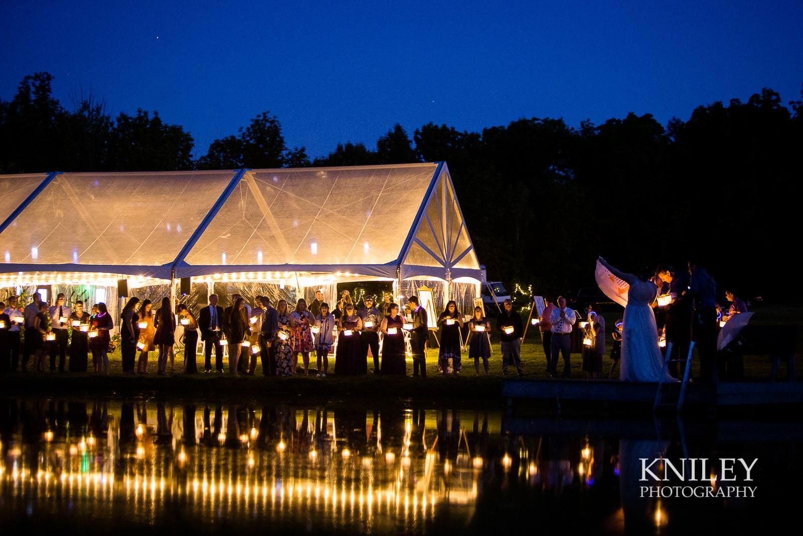 60-Redmond-House-Wedding-Nighttime-Lantern-Release-Wedding-Photography.jpg