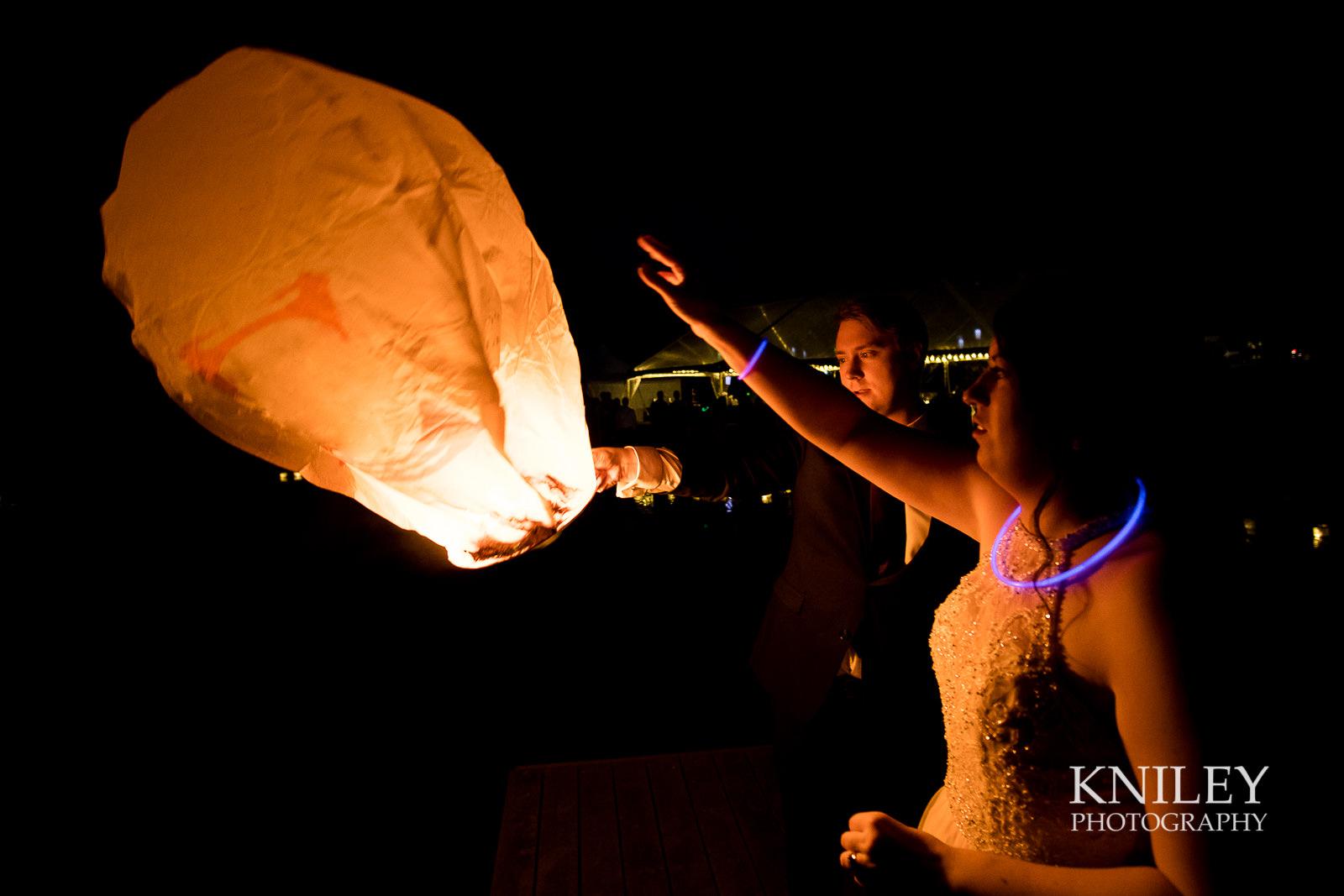 62-Redmond-House-Wedding-Nighttime-Lantern-Release-Wedding-Photography.jpg