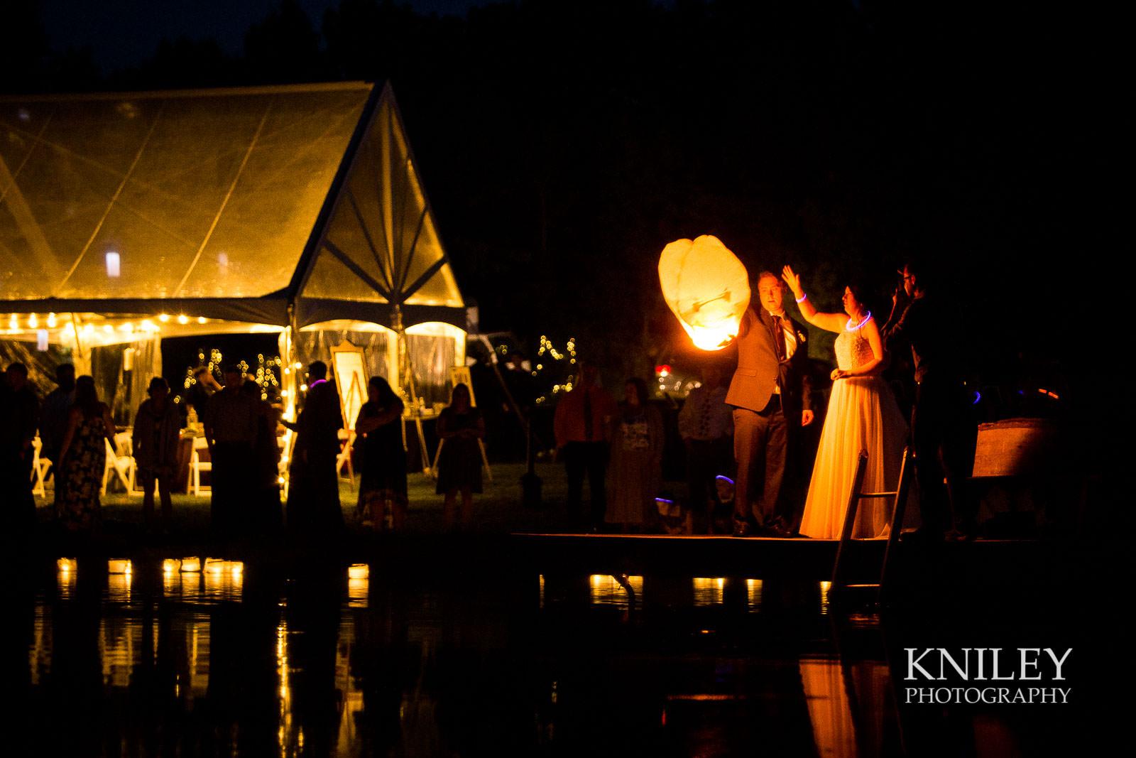 63-Redmond-House-Wedding-Nighttime-Lantern-Release-Wedding-Photography.jpg