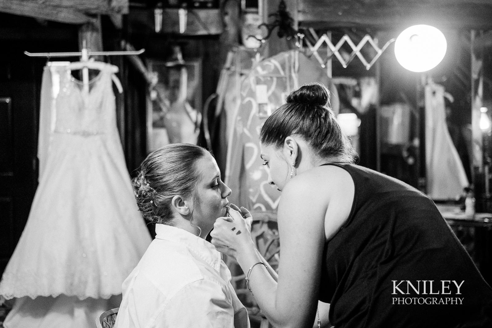 06-Jerris-Wadsworth-Wedding-Barn-Rochester-NY-Wedding-Photography.jpg