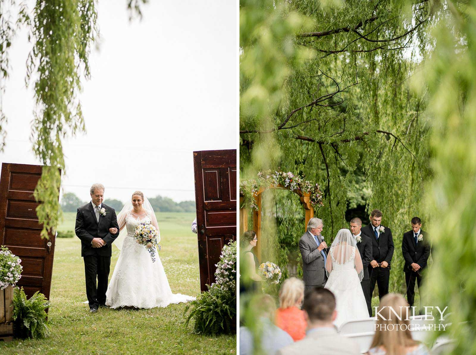 19-Jerris-Wadsworth-Wedding-Barn-Rochester-NY-Wedding-Photography.jpg