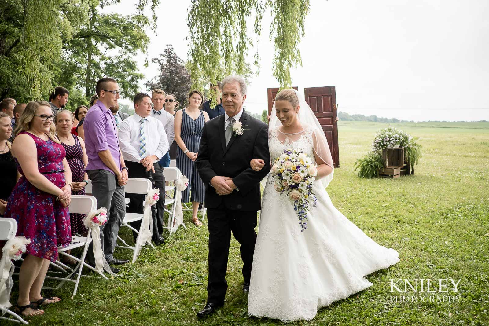 20-Jerris-Wadsworth-Wedding-Barn-Rochester-NY-Wedding-Photography.jpg