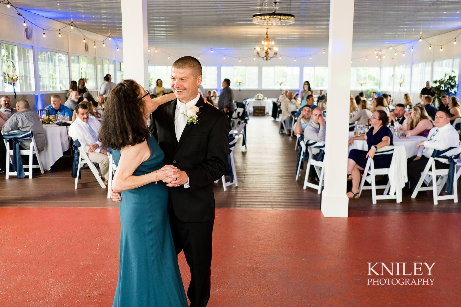 42-Jerris-Wadsworth-Wedding-Barn-Rochester-NY-Wedding-Photography.jpg