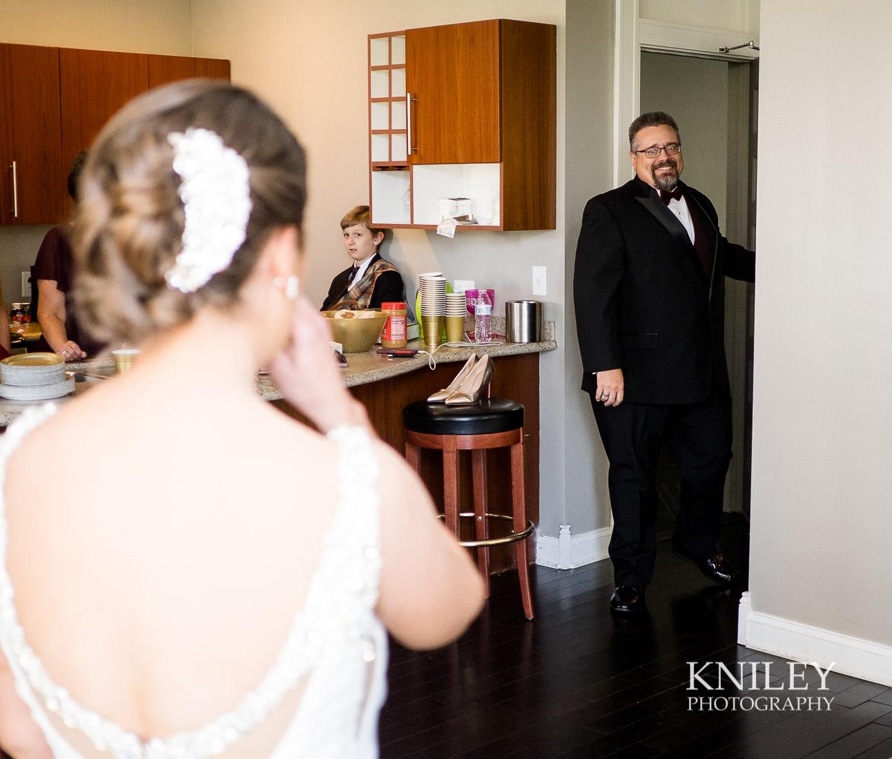 06-Hotel-at-the-Lafayette-wedding-getting-ready-Buffalo-NY-Wedding-Photography.jpg