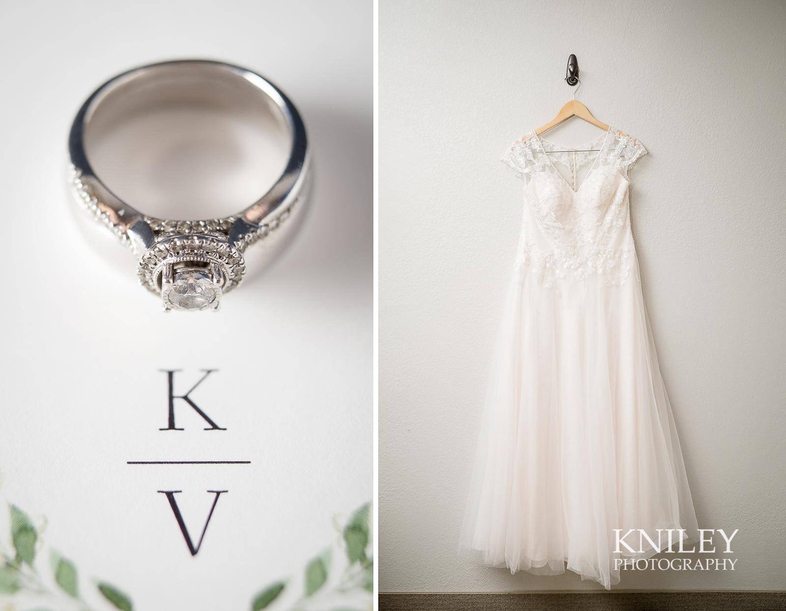 03-Holiday-Inn-Webster-NY-Wedding-Getting-Ready-Photography.jpg