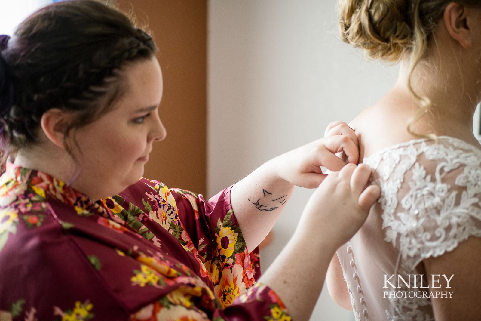 12-Holiday-Inn-Webster-NY-Wedding-Getting-Ready-Photography.jpg