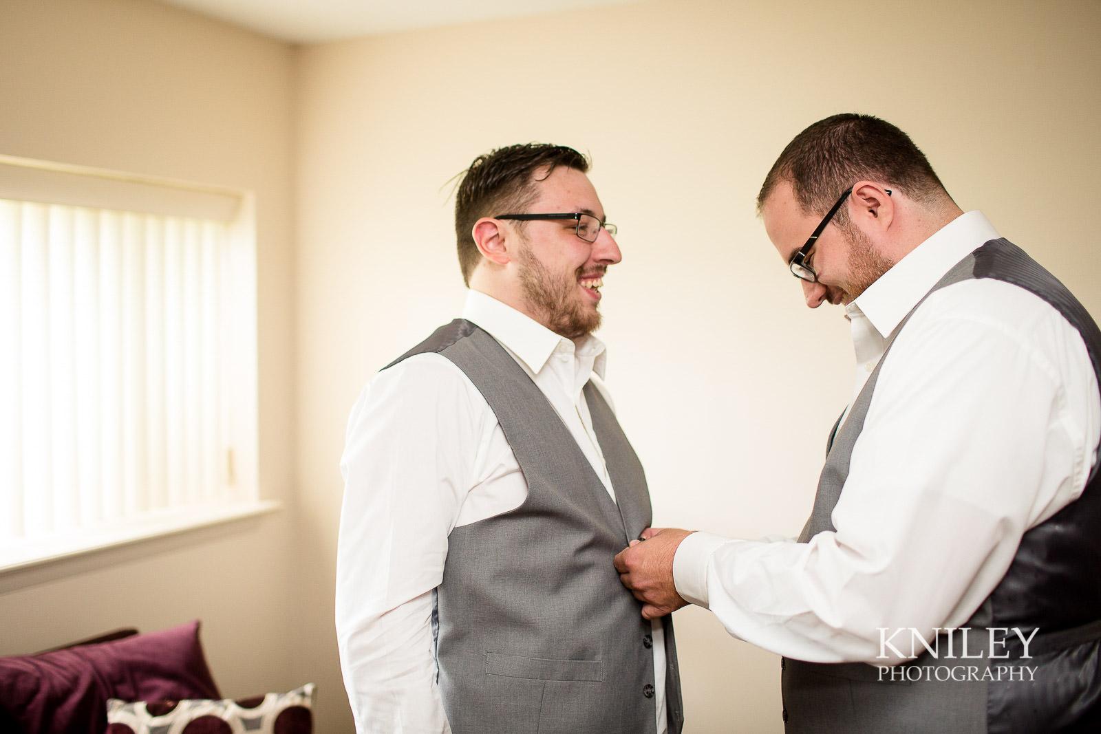 18-Rochester-NY-Wedding-Getting-Ready-Photography.jpg
