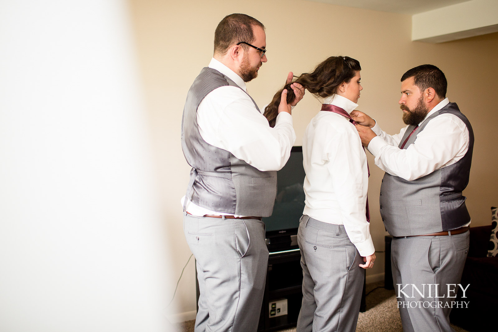 23-Rochester-NY-Wedding-Getting-Ready-Photography.jpg