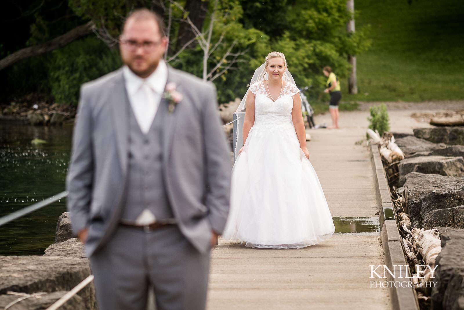 29-Lakefront-Lodge-Webster-NY-Wedding-Photography.jpg
