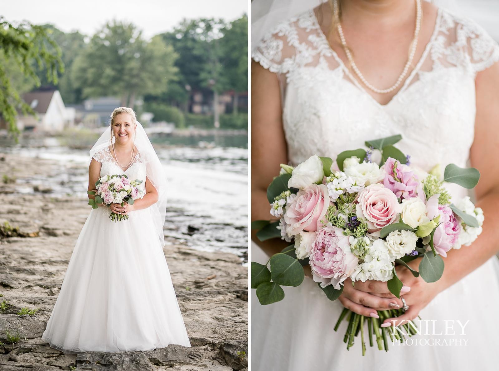 40-Lakefront-Lodge-Webster-NY-Wedding-Photography.jpg