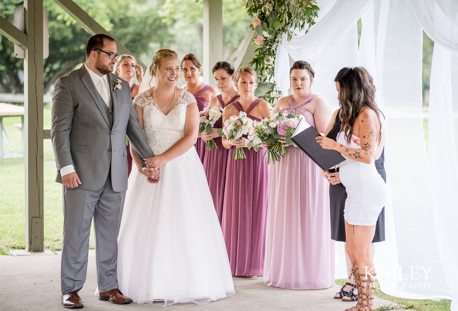 47-Lakefront-Lodge-Webster-NY-Wedding-Photography.jpg