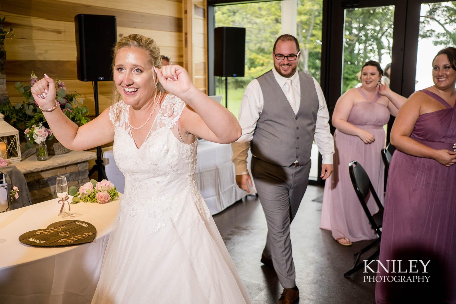 62-Lakefront-Lodge-Webster-NY-Wedding-Photography.jpg