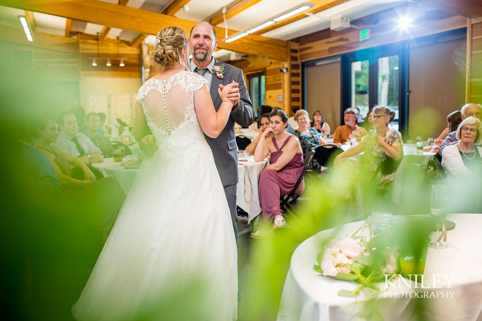 69-Lakefront-Lodge-Webster-NY-Wedding-Photography.jpg
