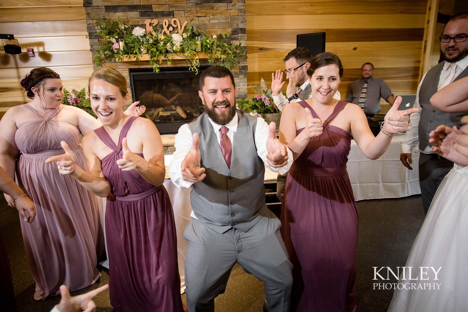 74-Lakefront-Lodge-Webster-NY-Wedding-Photography.jpg
