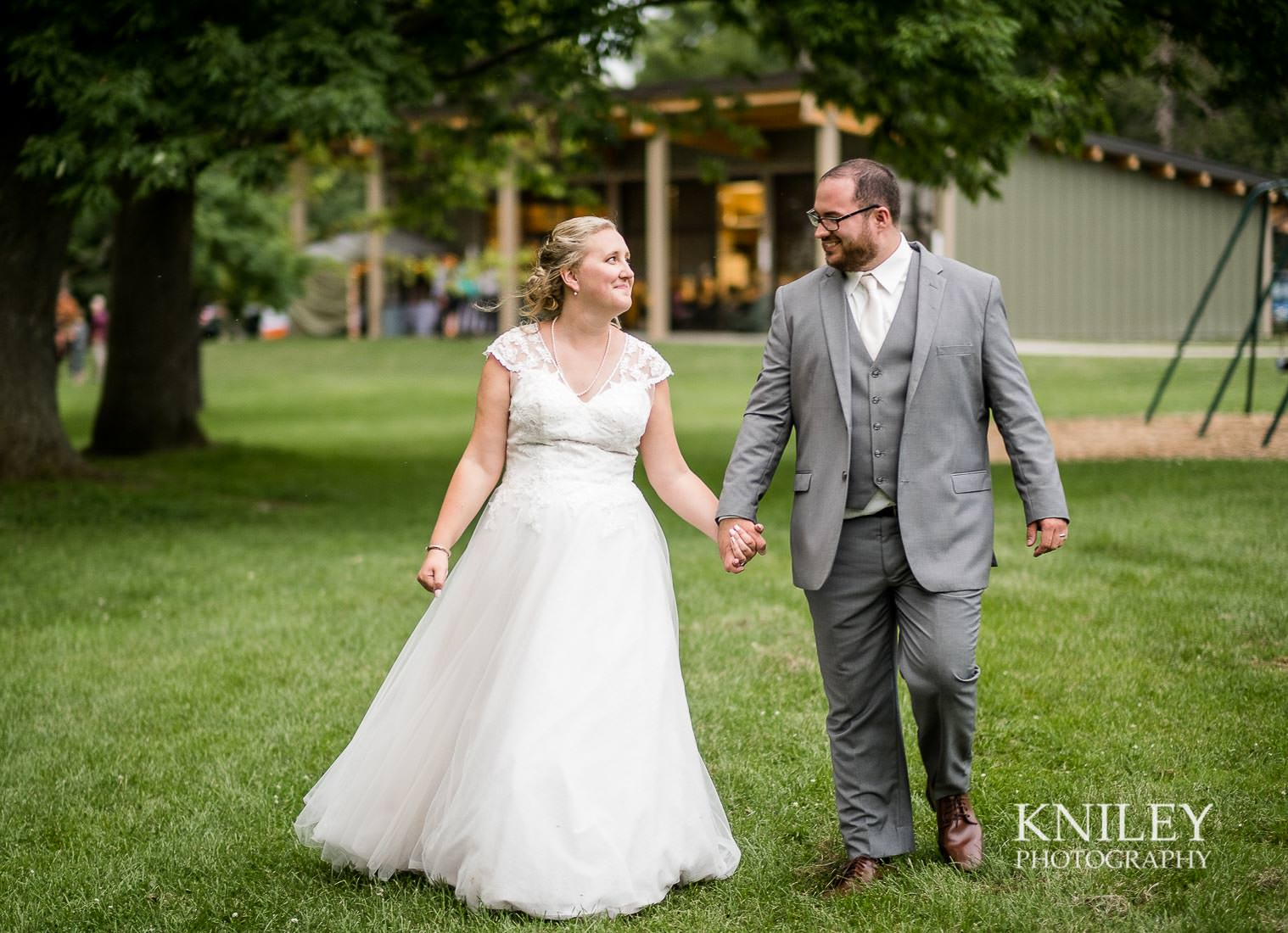 78a-Lakefront-Lodge-Webster-NY-Wedding-Photography.jpg