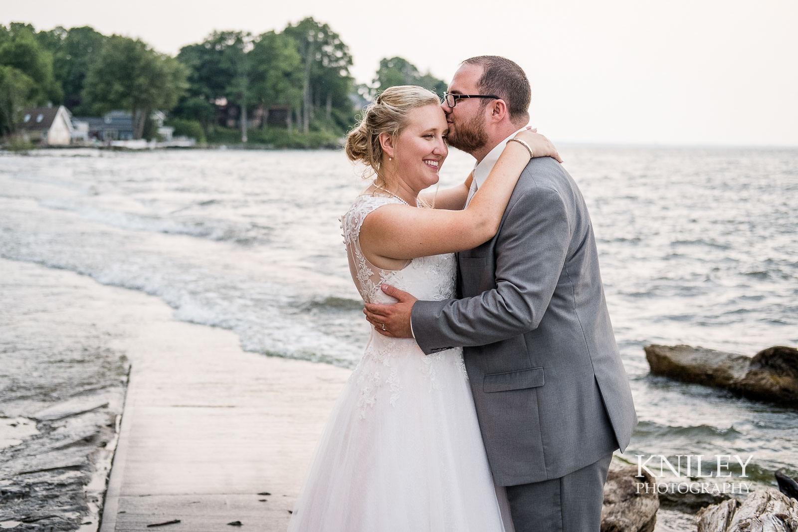 80-Lakefront-Lodge-Webster-NY-Wedding-Photography.jpg
