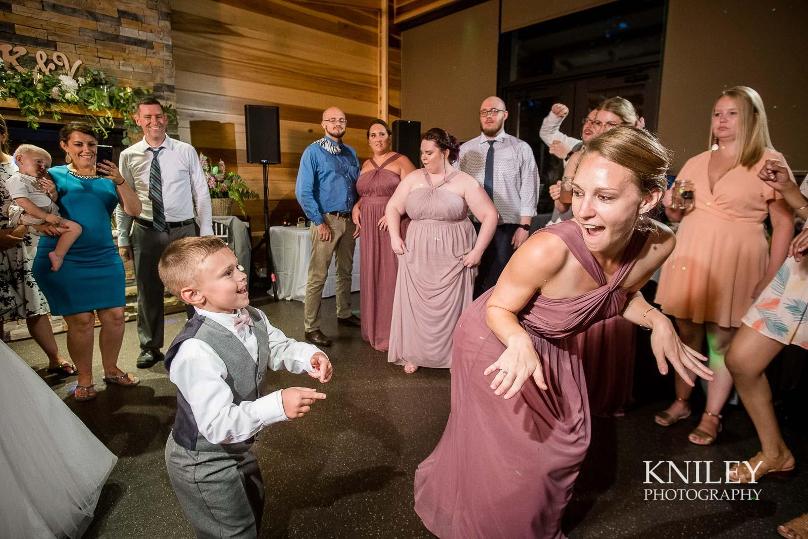 86-Lakefront-Lodge-Webster-NY-Wedding-Photography.jpg